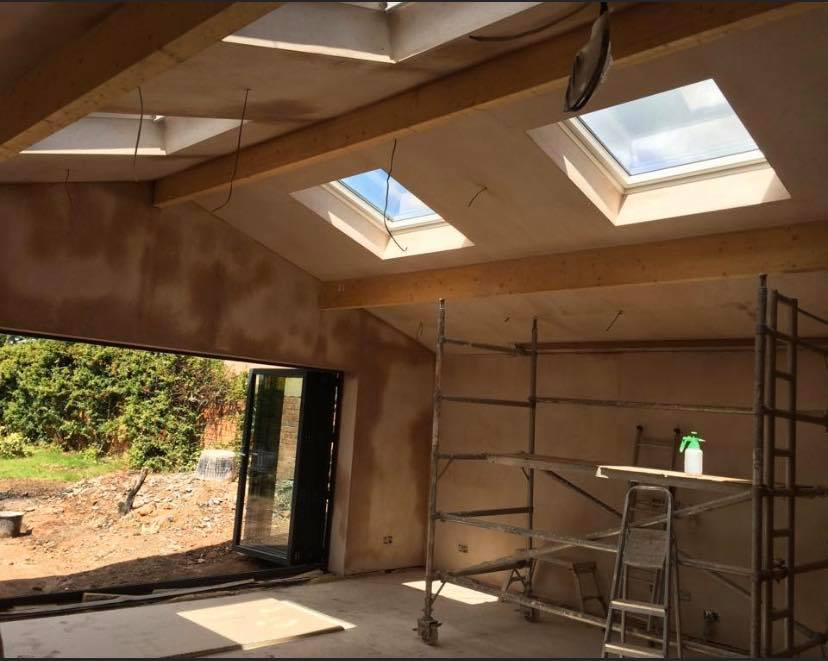 Photo shows plaster drying out before mist coat